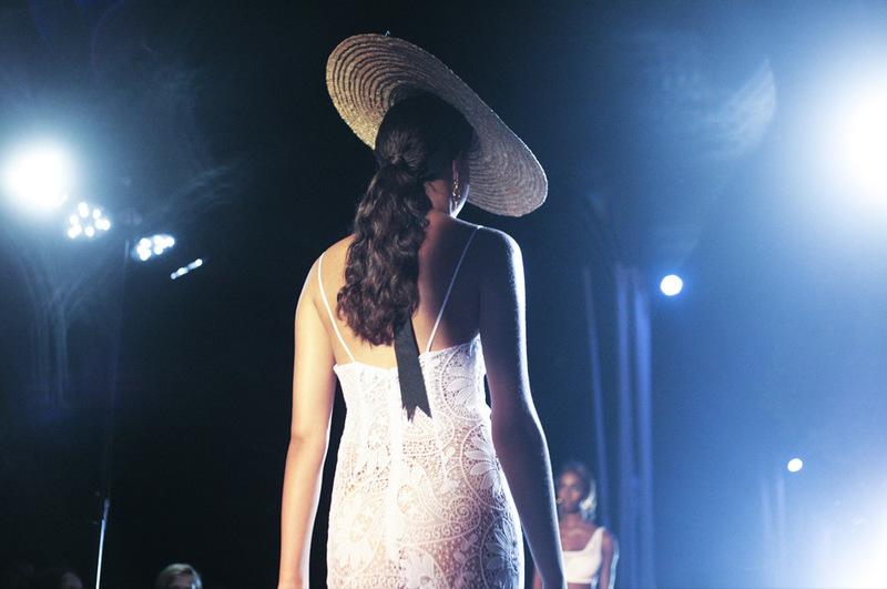 Charo Ruiz presenta su colección P/V 2016 en Atzaró Fashion Festival